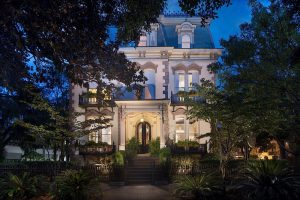 The Most Haunted Hotels in Savannah - Photo