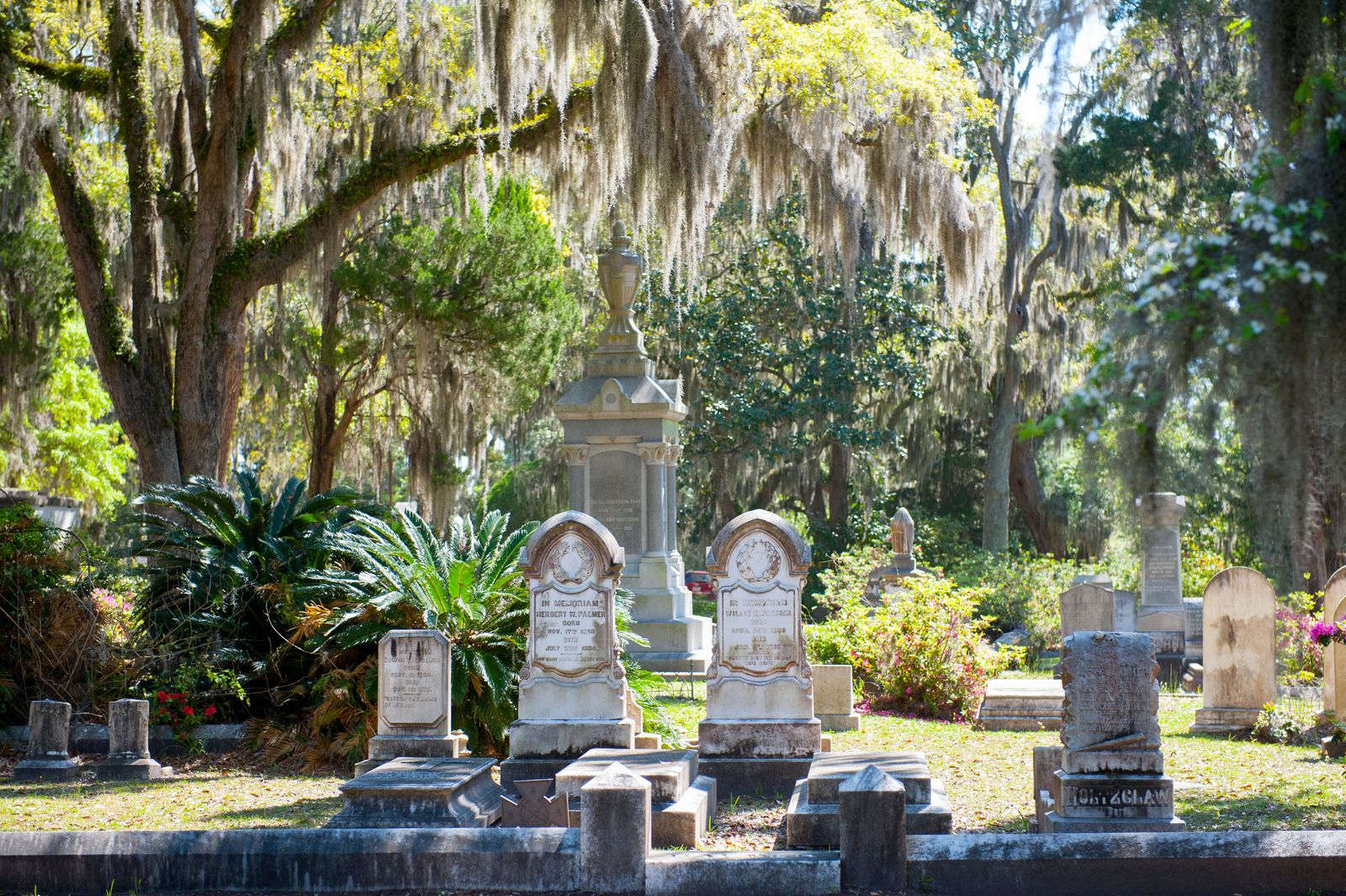 Top Ten Most Haunted Places in Savannah - Photo