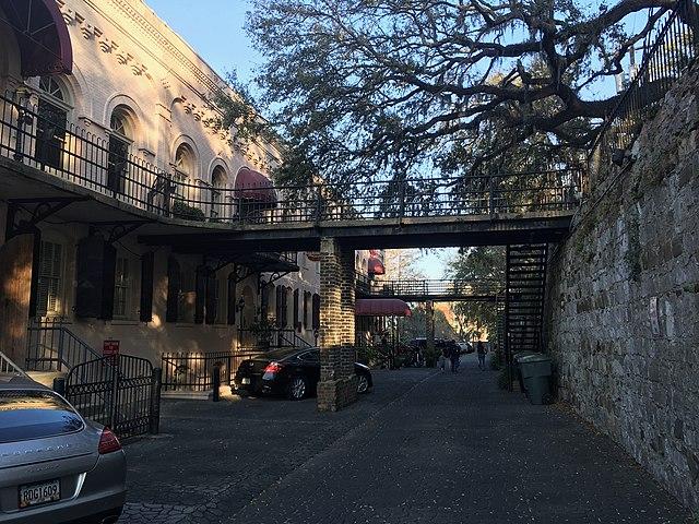 The Olde Harbor Inn - Photo